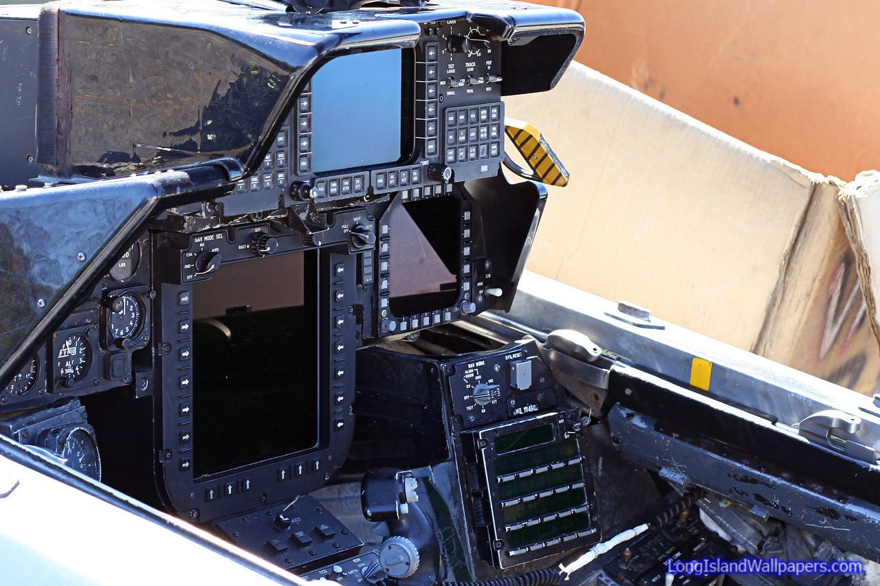 F 14 Tomcat Cockpit Exclusive Photos: 10 Y...