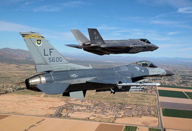 F-35_F-16