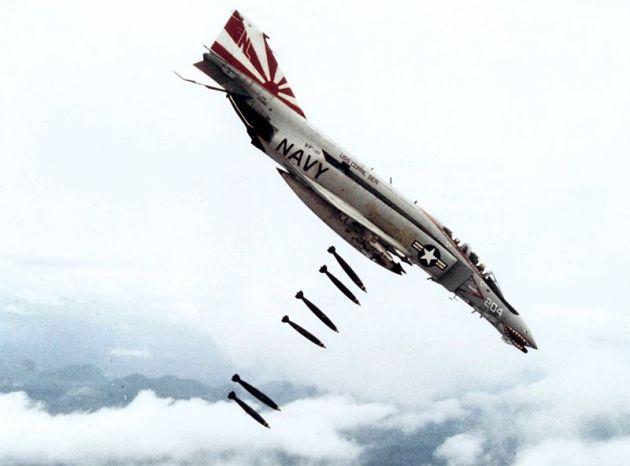 F-4B_VF-111_dropping_bombs_on_Vietnam