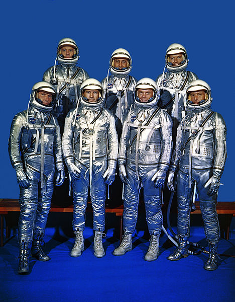 Original_7_Astronauts_in_Spacesuits