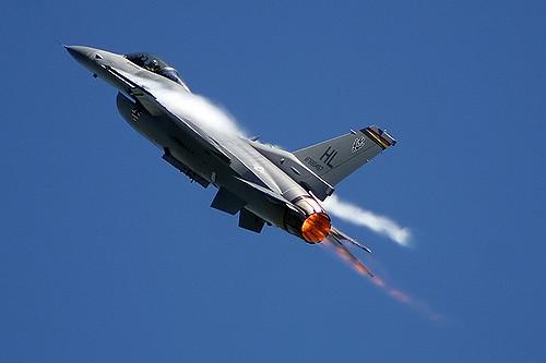 f-16-viper-demo-team