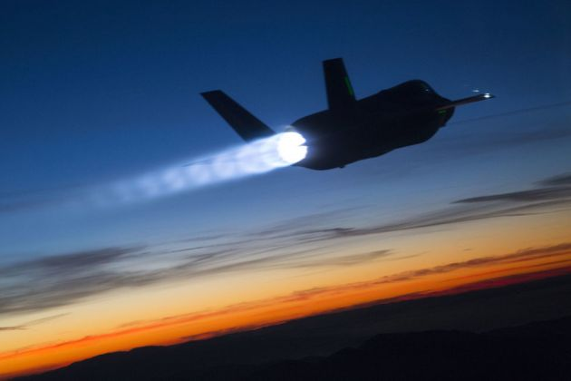 f-35-supersonic at night