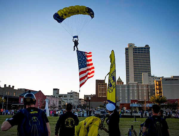 navy leap frogs mobile