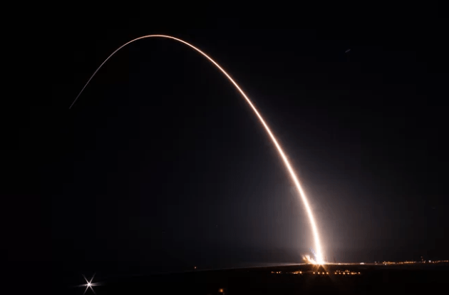 United_Launch_Alliance's_Nighttime_Delta_IV_Launch