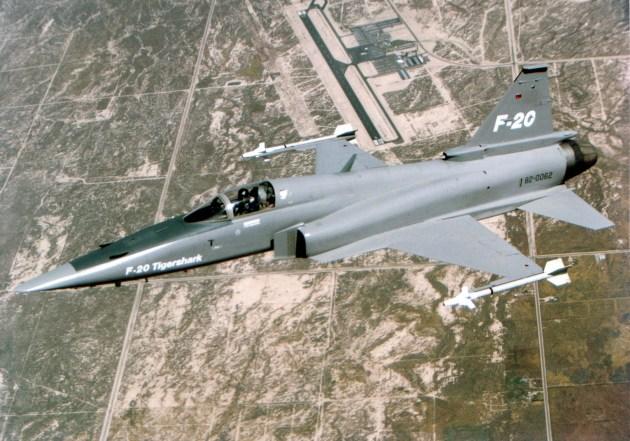 F-20_flying