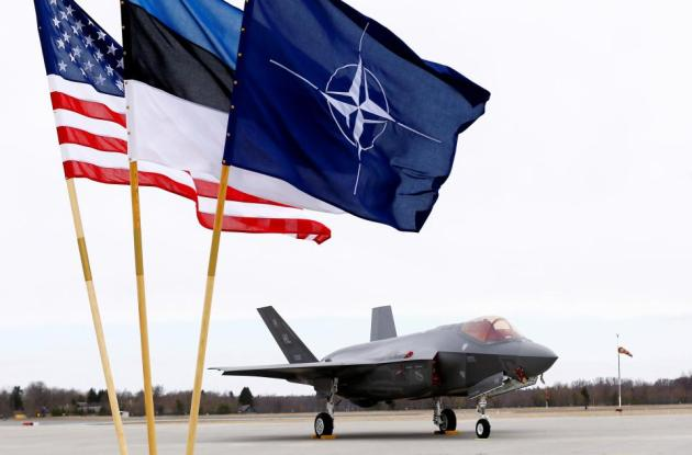 f-35-lands-in-estonia
