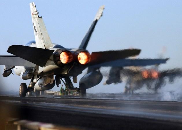navy-f-18