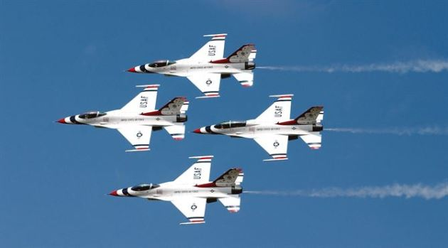 air-force-thunderbirds-autograph-signing