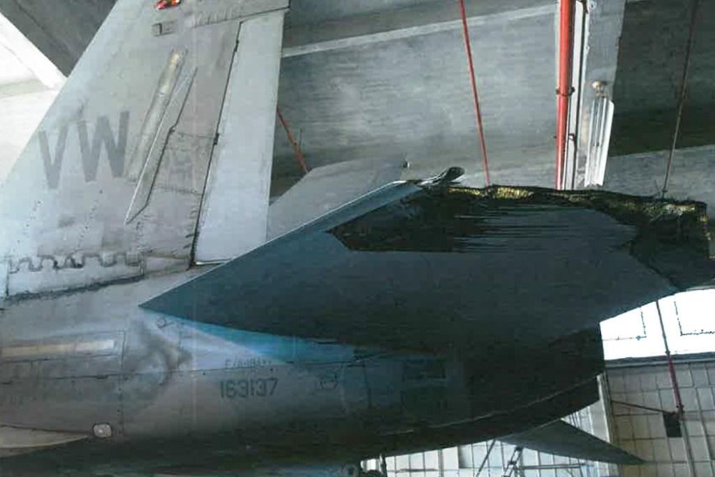damaged-f-18-1-flew-back-to-base