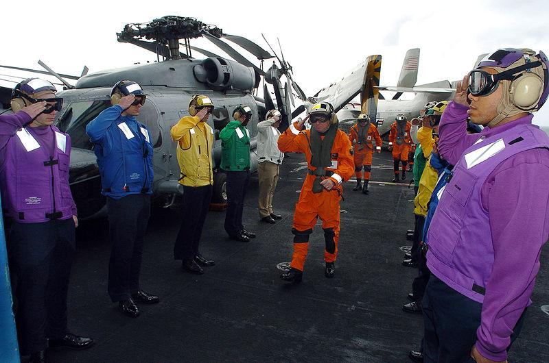 US-Navy-Colored_flight_deck_jerseys