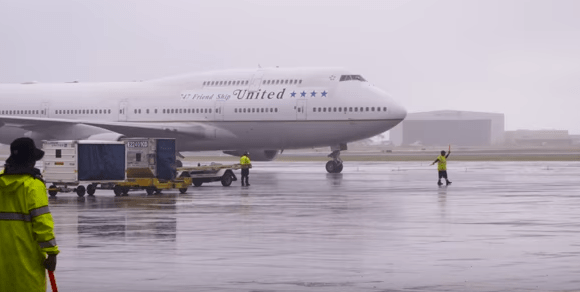 united_airlines_final_747_flight