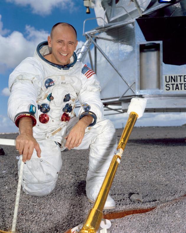 Astronaut Alan Bean Dies