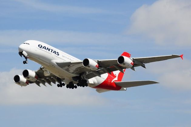 Qantas Flight Airbus A380-842