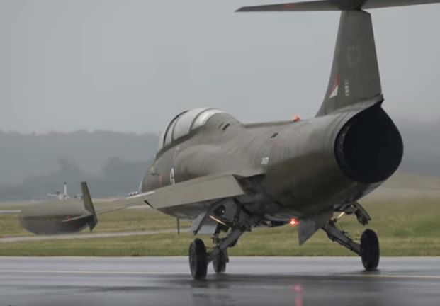 C:\Users\dougk\OneDrive\Documents\Websites\Fighter Sweep\Images\2018 June\Norwegian_Lockheed_CF-104D_Starfighter_at_Danish_Airshow_Aalborg_2018