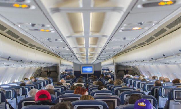 Hook up flight attendant