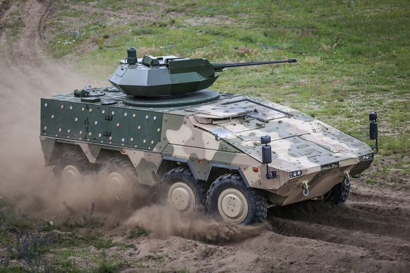 Artec Boxer - Lithuaniann VILKAS (Wolf) Infantry Fighting Vehicle