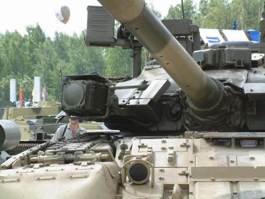 Russian T-80U Tank Command T-80UK
