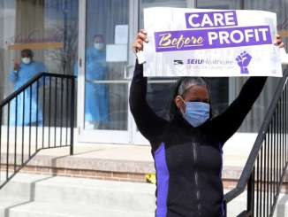 Detroit SEIU worker protests outside nursing home