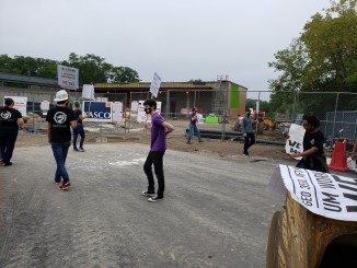 GEO strikers picket a U of M construction site on Wed, Sept 9