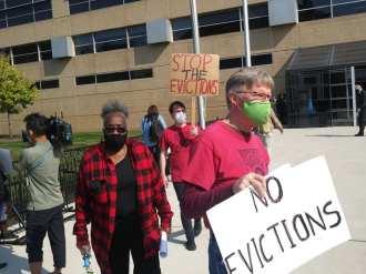 Detroit anti-eviction picket line outside 36th District Court on Oct. 9, 2020 demands enforcement of CDC moratorium