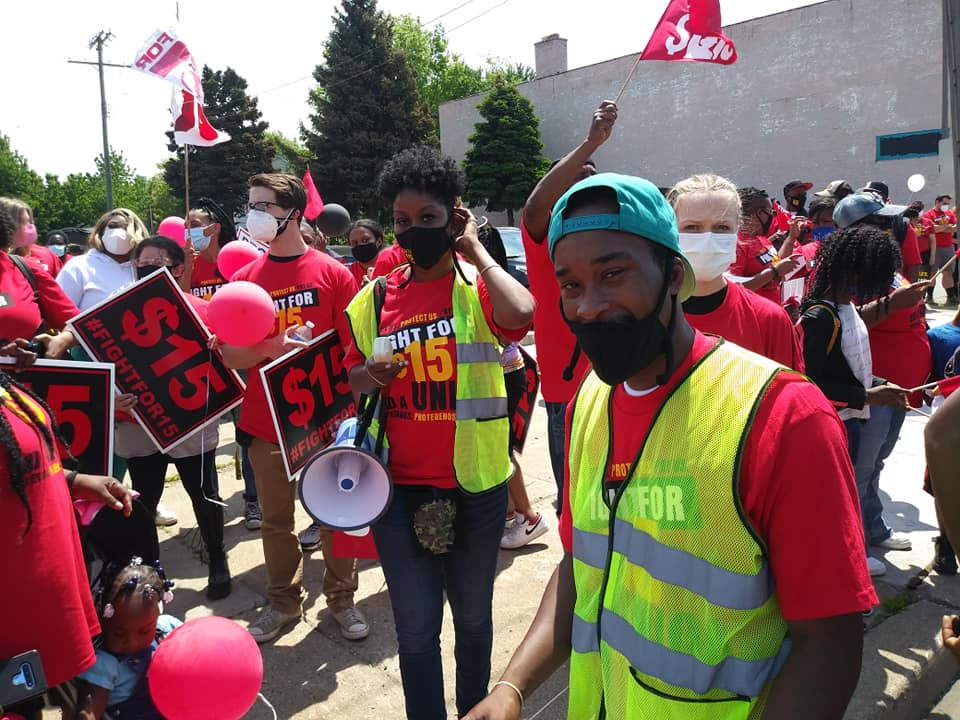 Fight for $15 organizers at May 19 strike location on the east side of Detroit