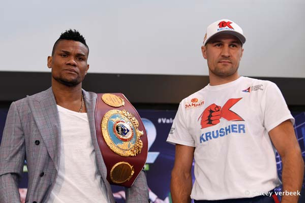 Kovalev takes title back from Alvarez
