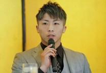 Inoue-aiming-at-his-third-belt09