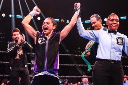 Lr Sho Fight Night Lulu Hawton Wins Trappfotos 12072019 2682