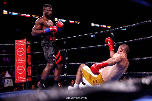 Lr Tgb Pbc On Fox Fight Night Ajagba Vs Kiladze Trappfotos 12212019 9776