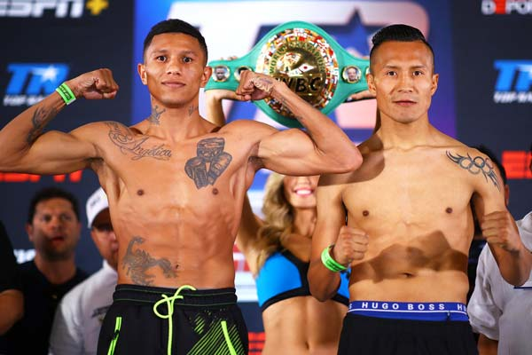Miguel Berchelt Vs Francisco Vargas Pose