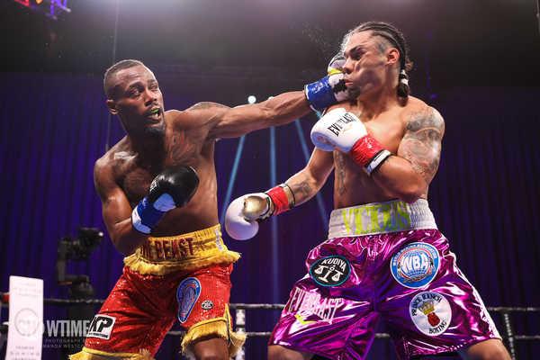Showtime Leo V Fulton Fight Night Westcott 051