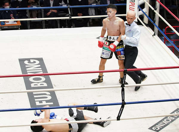 Tekei Victorious In His Debut 3 11 2021