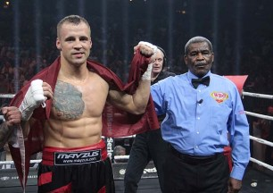 Briedis Glowacki01