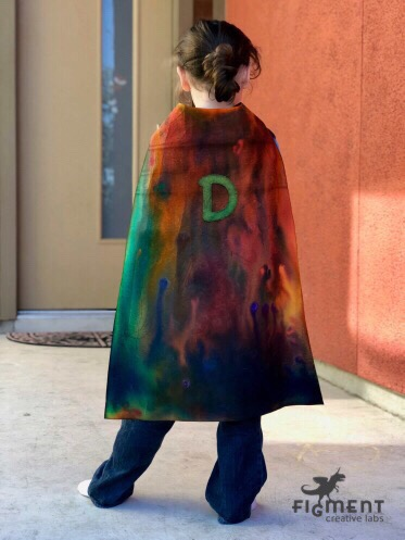 Kid's capes, superhero cape diy, art project, Figment Creative Labs, Austin TX, Superhero party, craft,