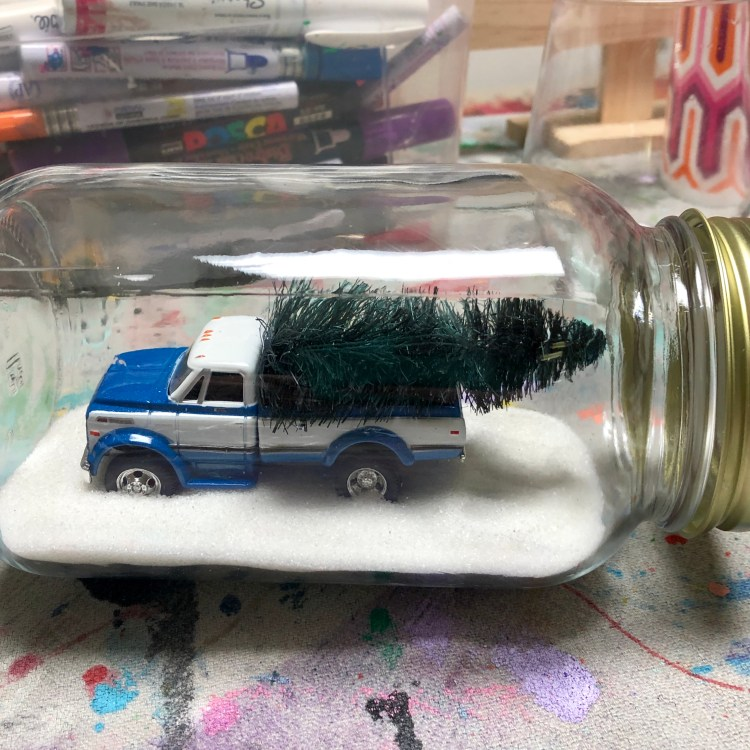 Figment Creative Labs, Austin TX, Snow Globe, Holiday Craft, Christmas Craft, Winter Craft, Easy DIY