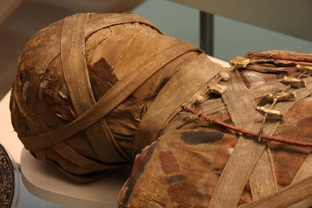 To A Mummy- Arrigo Boito, translated from the Italian by Andra Bailard '16