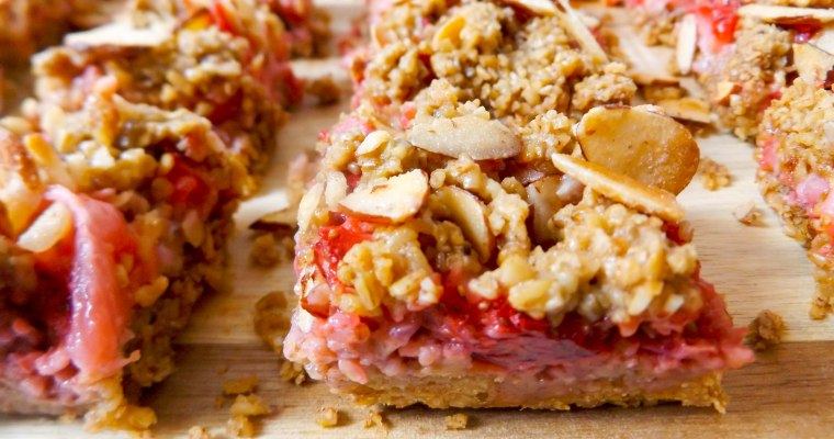 Strawberry Almond Oat Bars