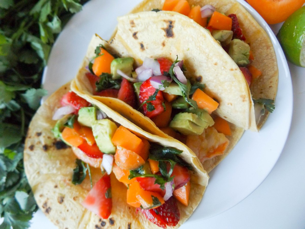 shrimp tacos with apricot strawberry salsa (1 of 1)-7.jpg