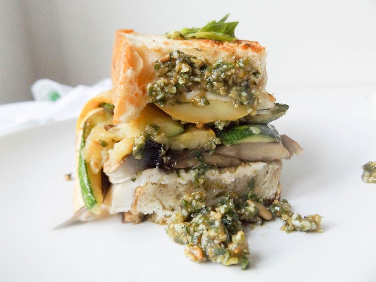 zucchini mozz pesto sandwich (1 of 1)-6.jpg