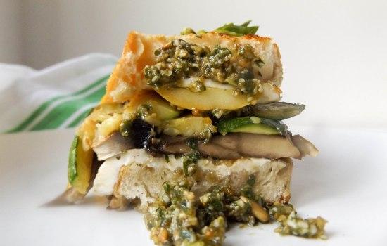 Zucchini Veggie Sandwich
