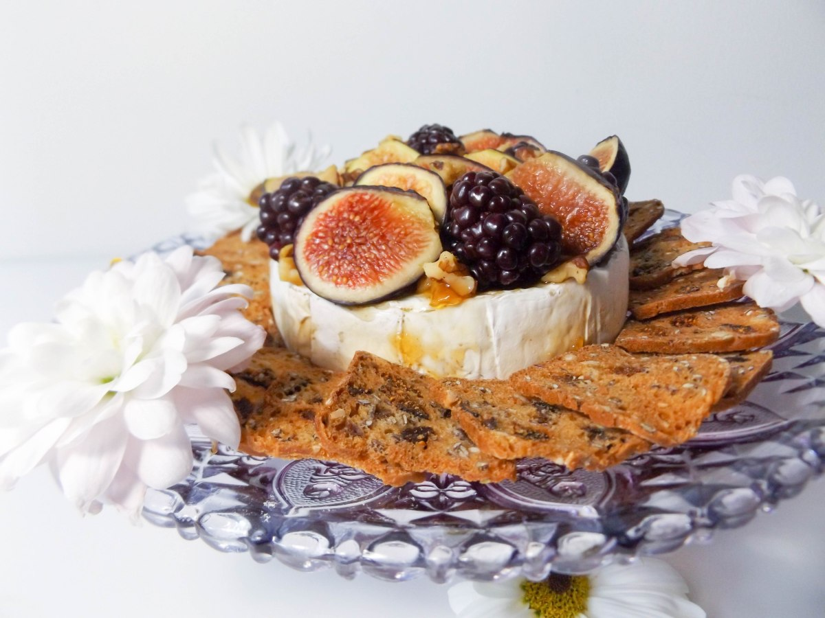 fig & blackberry baked brie (1 of 1)-7