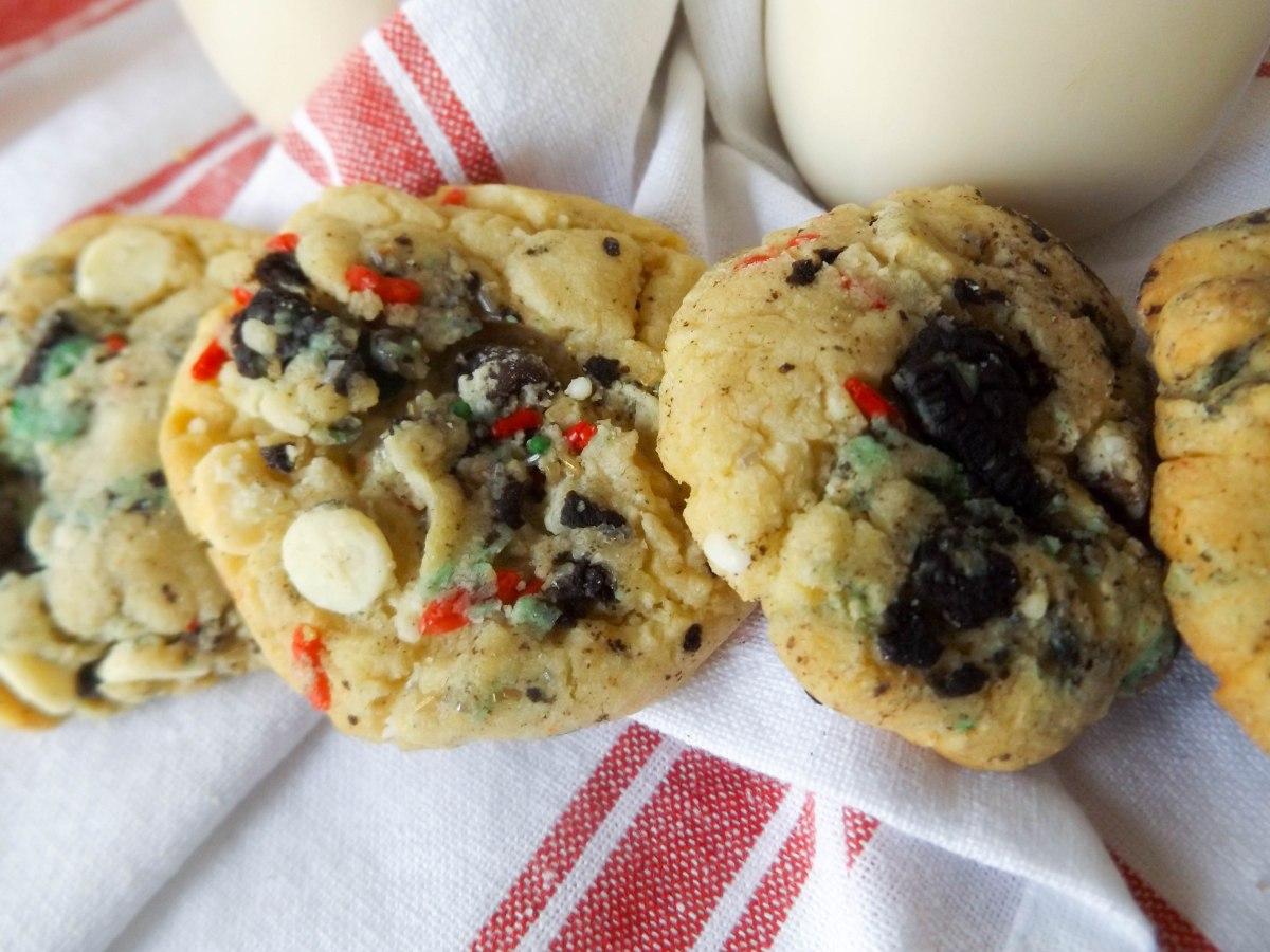 cake-batter-oreo-xmas-cookies-1-of-1-2