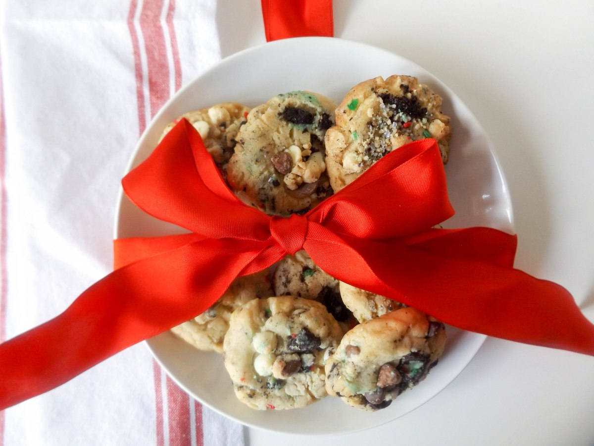 cake-batter-oreo-xmas-cookies-1-of-1-5