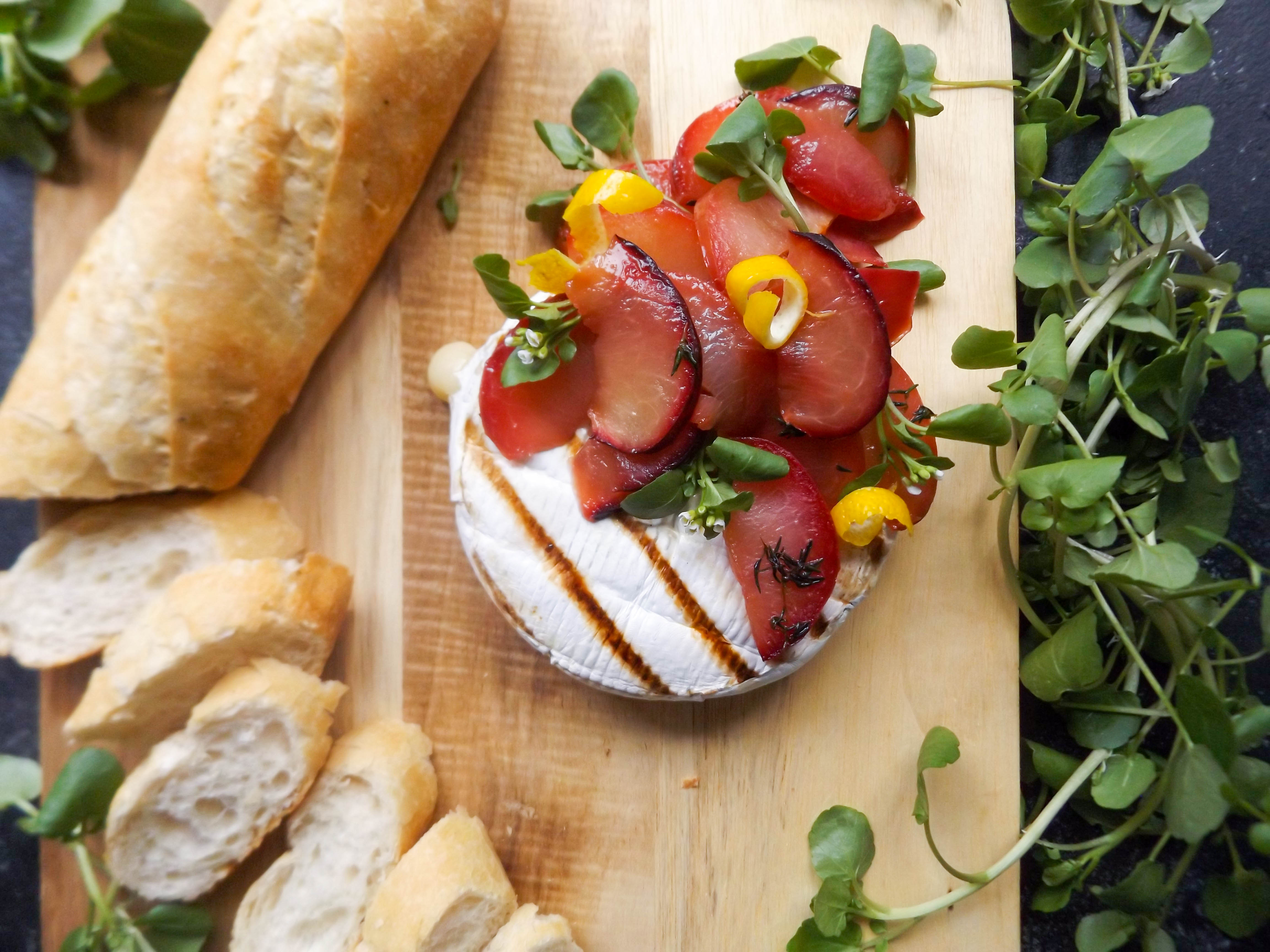 Grilled Brie & Plums