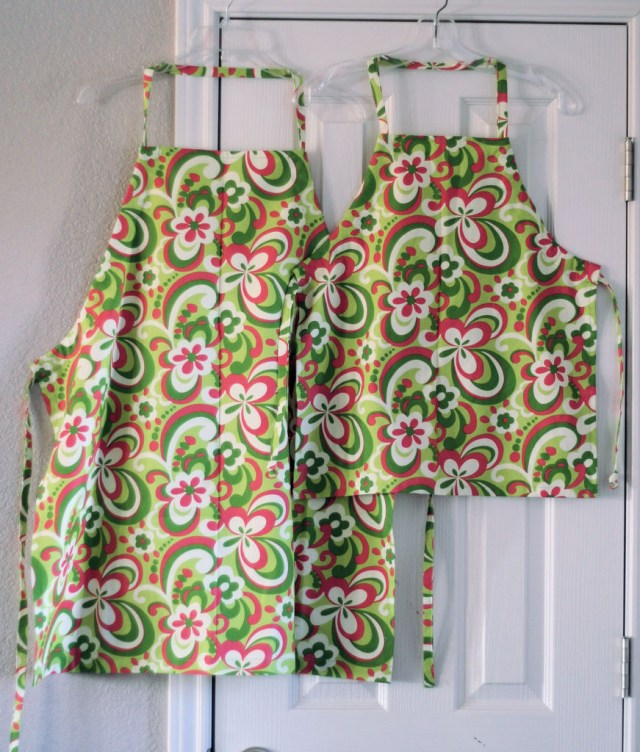 Apron Sewing Pattern How To Sew An Adjustable Chefs Apron 11 Steps With Pictures
