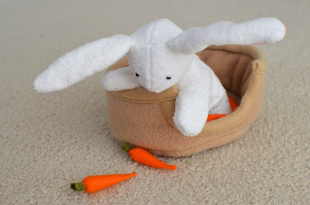 Bunny Sewing Pattern Ikat Bag Catch My Flat Bunnies On Sew Mama Sew