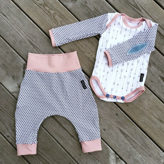 Free Sewing Patterns For Baby Love This Free Pattern This Ba Onepiece Is So Fun To Sew You