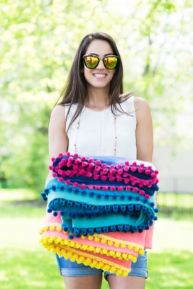 Sewing Blankets Ideas Diy No Sew Pom Pom Pool Picnic Blankets The Sweetest Occasion