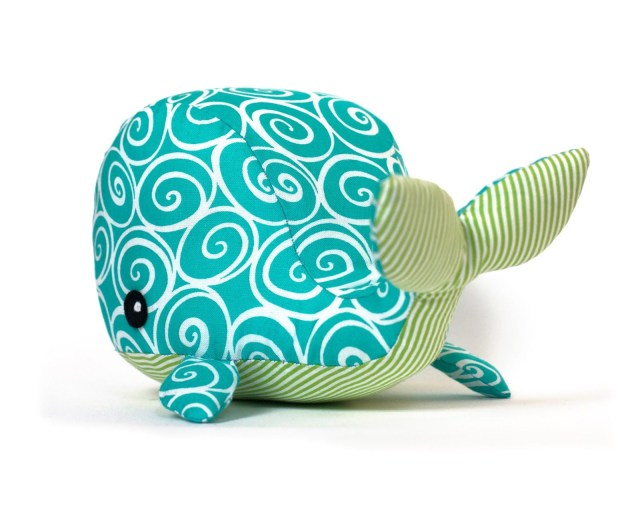 Whale Pattern To Sew Freestuffedanimalpatterns Toy Patterns Diy Fluffies Whale