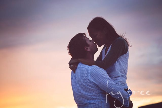 Beloved_beach_session_couple_11